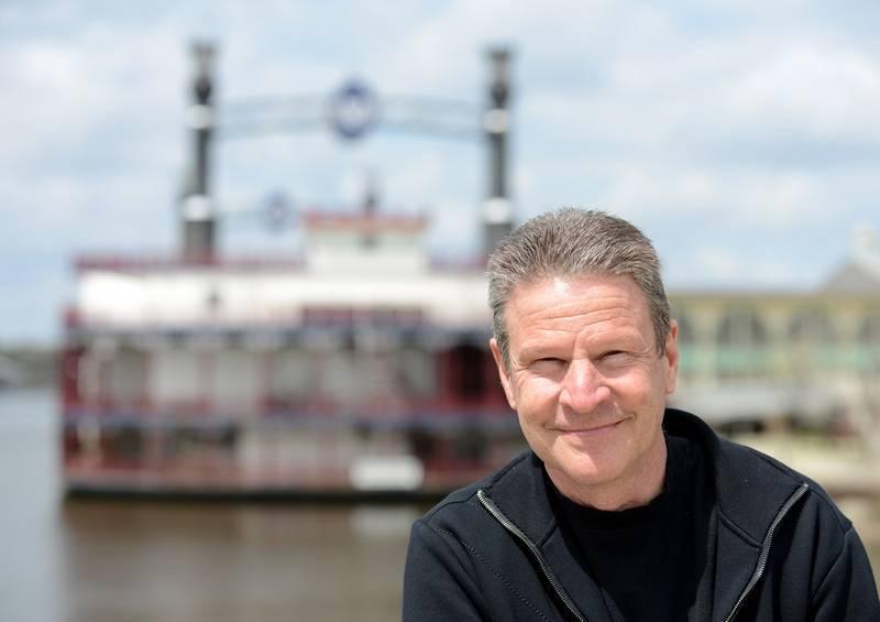 Illinois pizzeria owner Mike Butirro sports betting