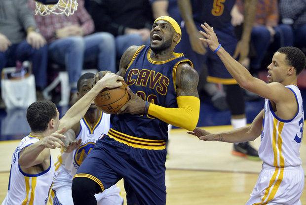 NBA Finals odds Cavs Warriors LeBron James Stephen Curry