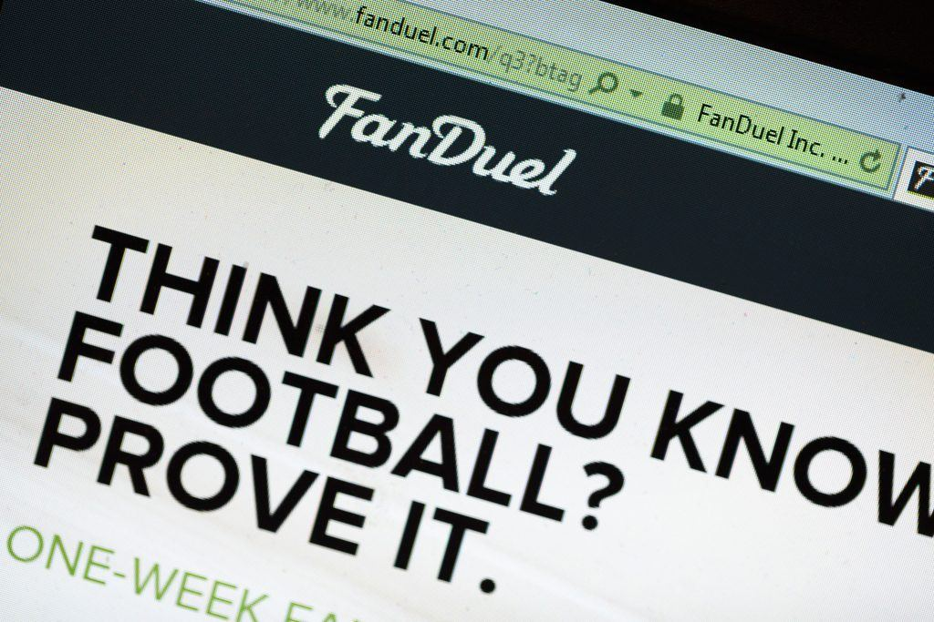 daily fantasy sports NFL DraftKings FanDuel