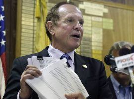 New Jersey State Senator Ray Lesniak (D-District 20) has supported online gambling in his state and proposed a bill that would make it possible for others outside the Garden State to play. (Image: Politico.com)