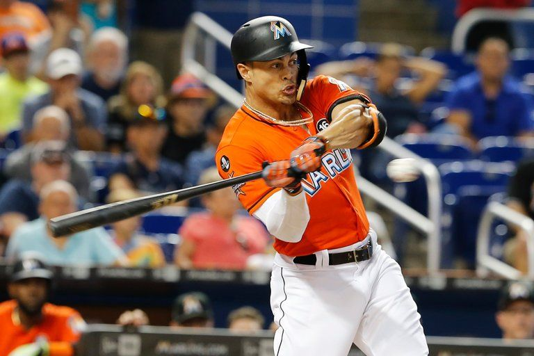 Giancarlo Stanton moving to the New York Yankees have now made that team the favorite at 5-1 to win next year's World Series. (Image: Getty Images)