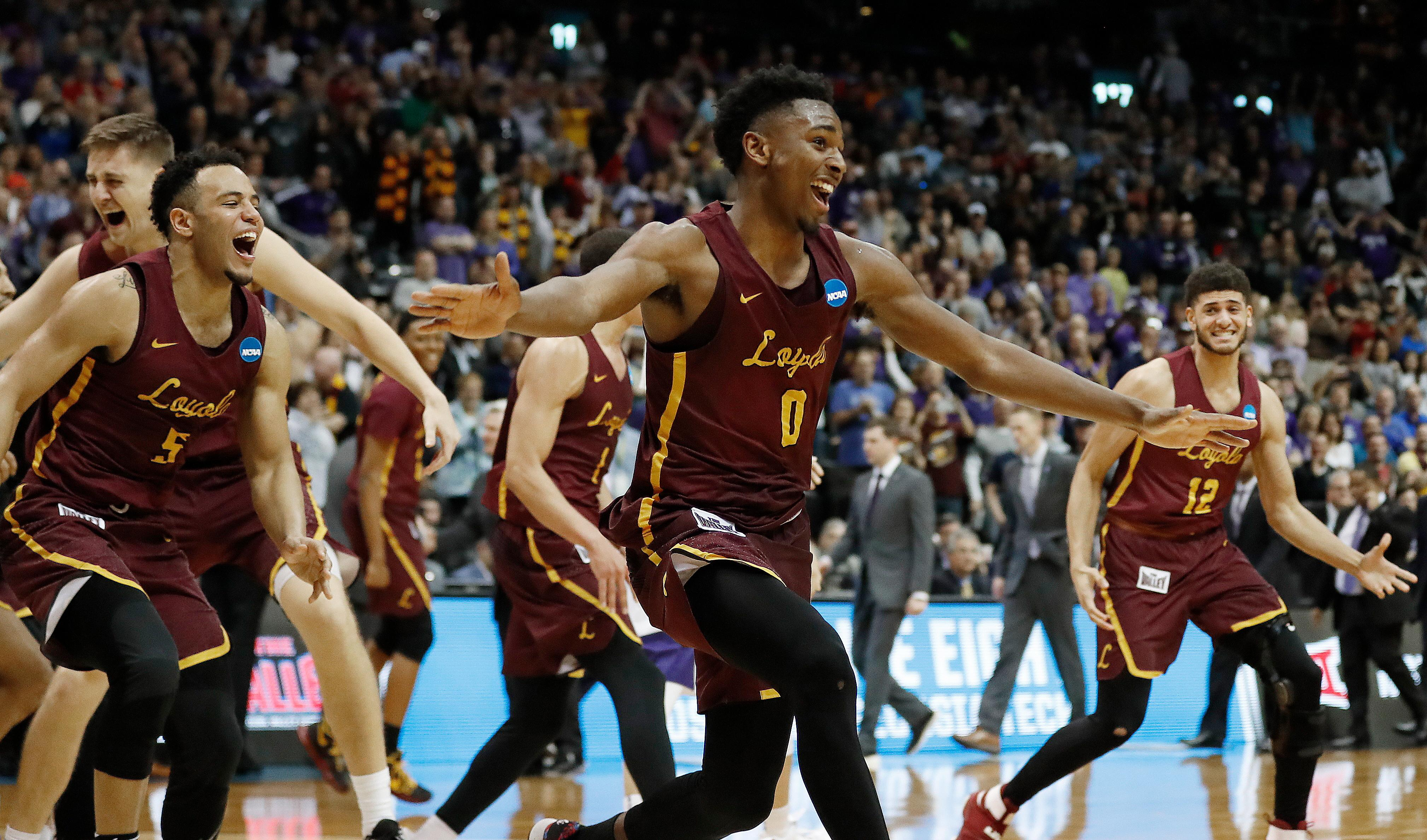 Michigan Hoping to End Loyola-Chicago Cinderella Story in ...