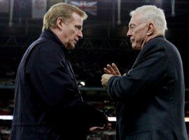 The faceoff between Roger Goodell (left) and Jerry Jones (right) could end up back in court. (Image: Chicago Tribune)