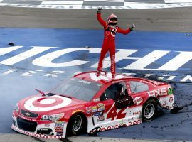 Kyle Larson drives a Chevy and may have an advantage this week at ISM Raceway where that manufacturer has dominated. (Image: Getty)