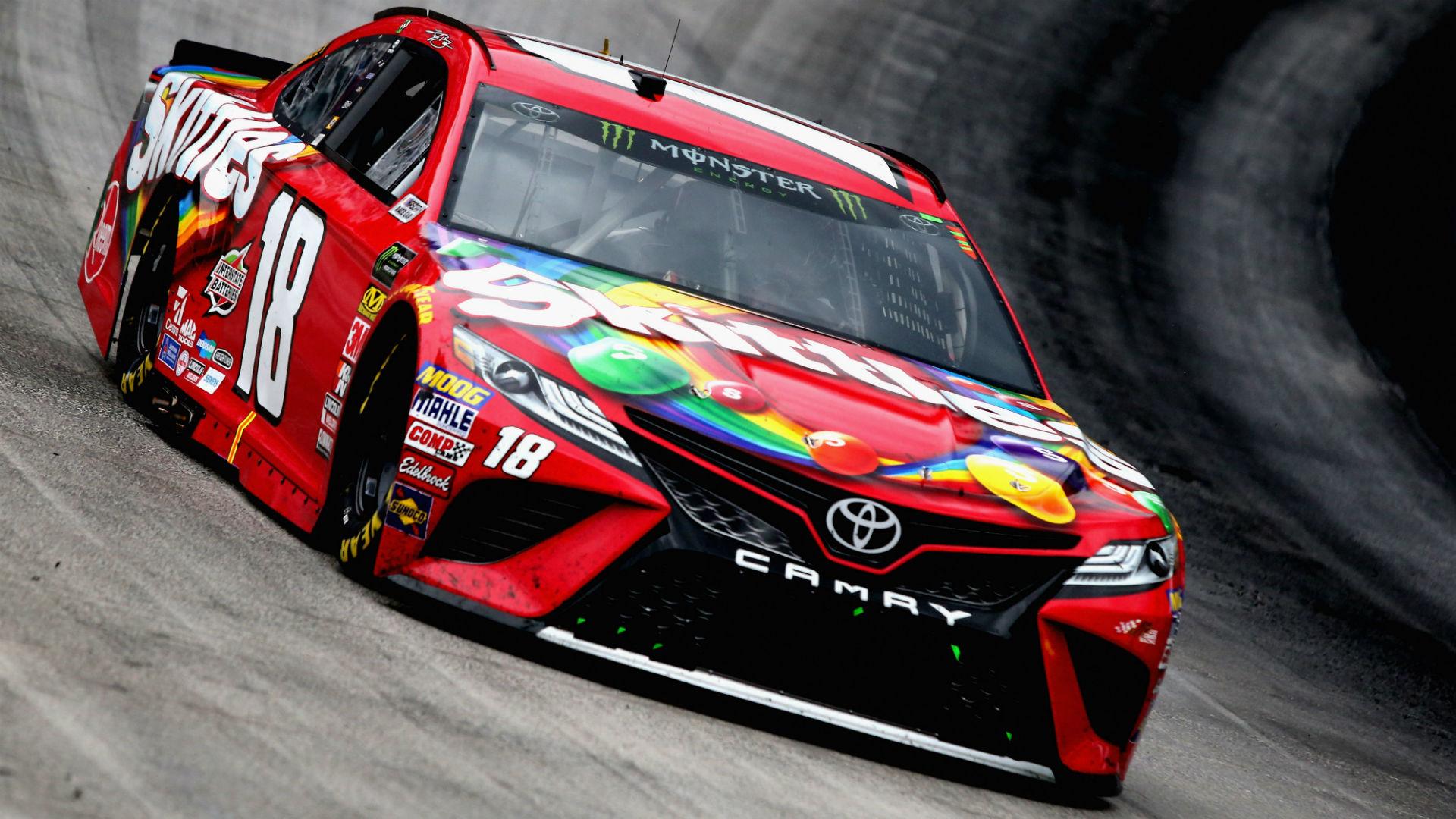 Kyle Busch NASCAR Bristol
