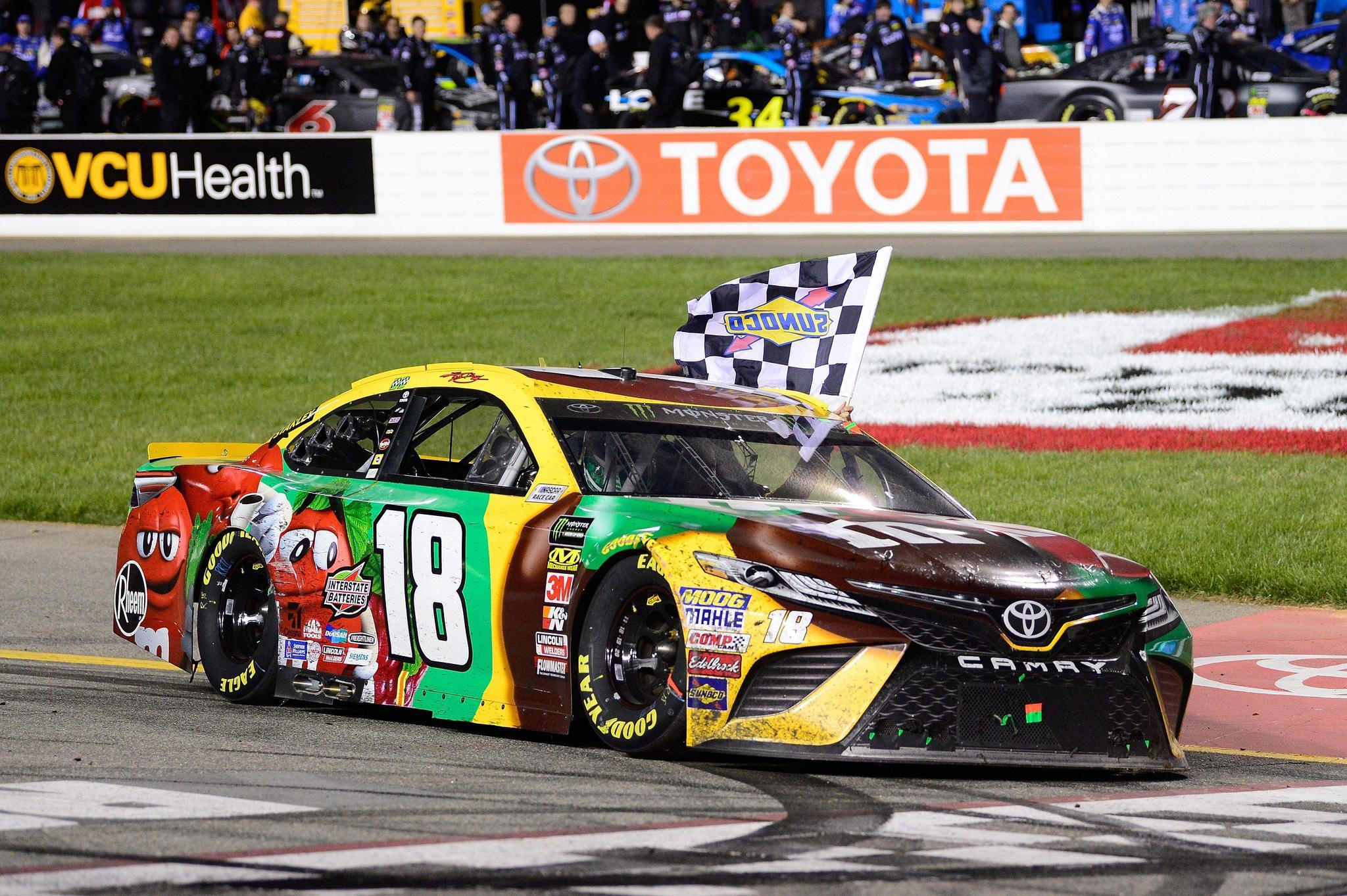 Kyle Busch NASCAR Richmond