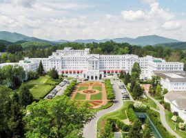 The Greenbrier Resort in West Virginia has partnered with Fan Duel to offer sports betting across the state. (Image: Golf Resorts of the World)