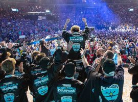 The London Spitfire celebrate winning the inaugural Overwatch League championship at the Barclays Center in Brooklyn. (Image: Blizzard Entertainment)