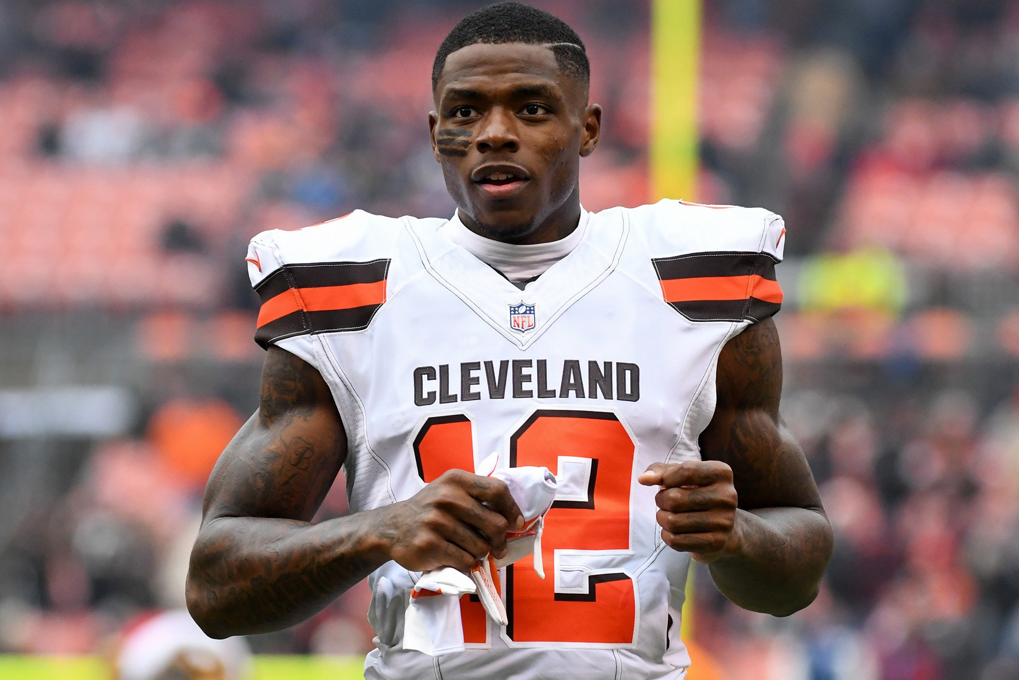Josh Gordon Traded from Cleveland to New England Patriots 3b6cf1503