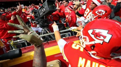 Chiefs WR Tyreek Hill Commandeers CBS Camera for Spontaneous TD Celebration (VIDEOS)