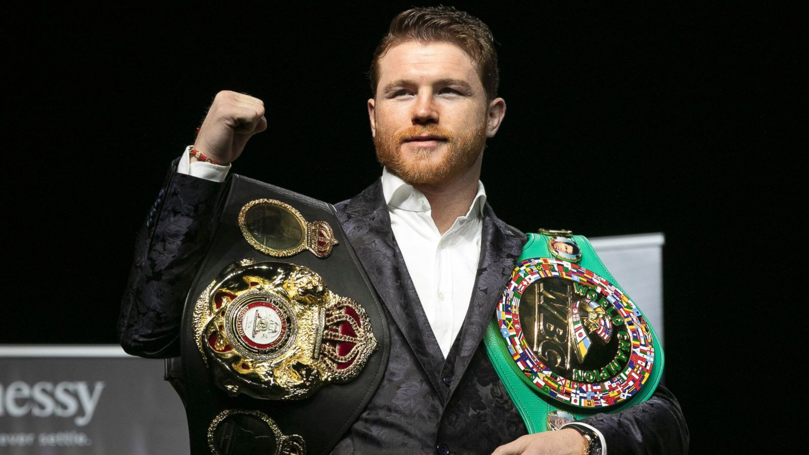 Canelo Alvarez Taking on Daniel Jacobs on May 4 in Middleweight Title Unification Fight