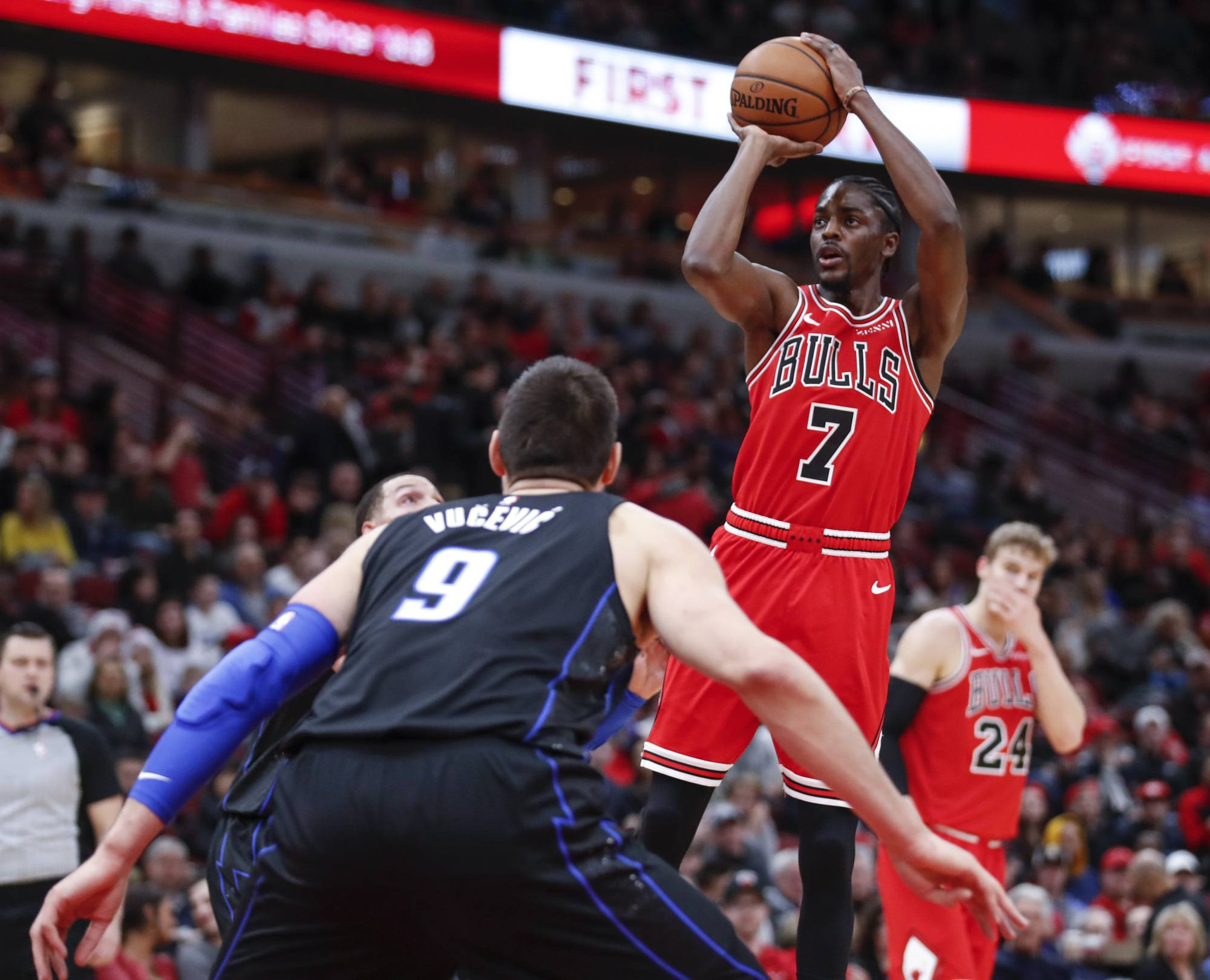 Bulls Trade Justin Holiday To Grizzlies