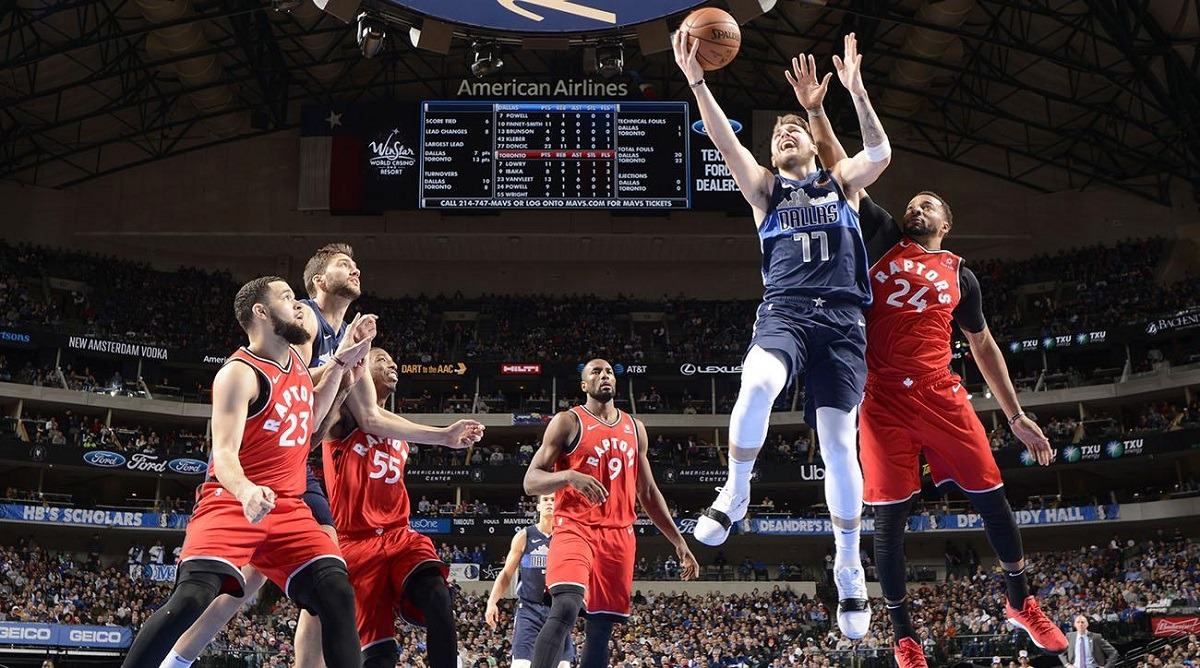 huge selection of 50aaa 7e64e Mavs Rookie Luka Doncic Explodes for 35-Point Triple-Double ...