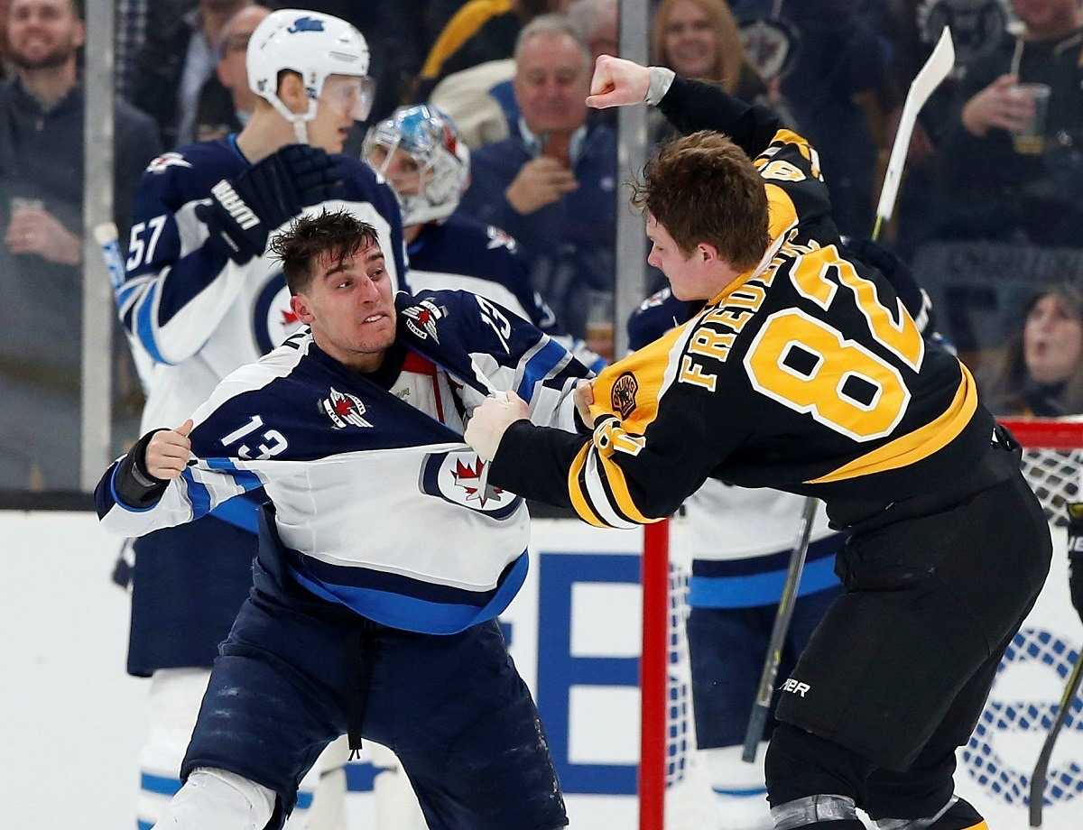 Hockey Fights Trent Frederic Rumbles In Nhl Debut For Bruins Video