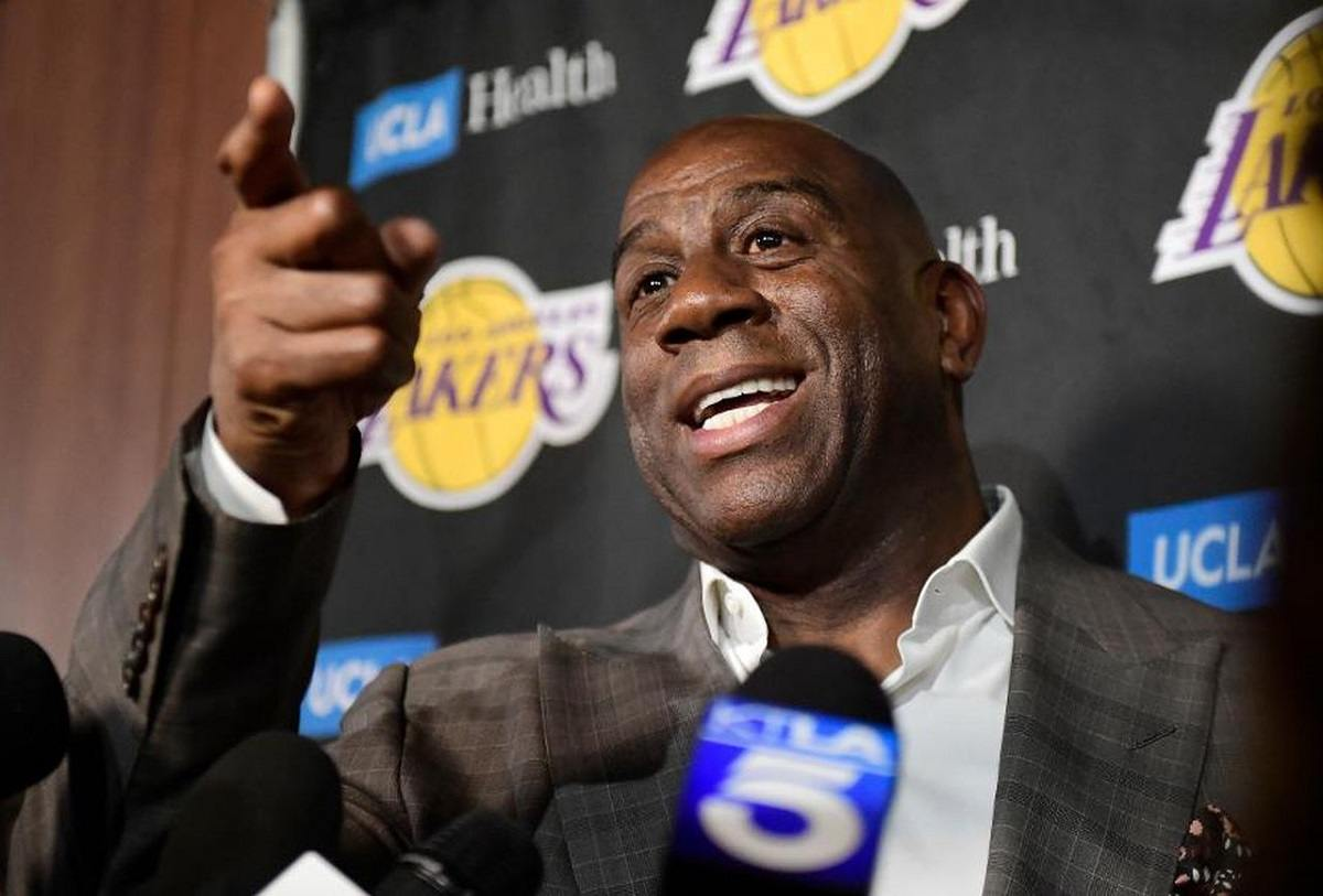Magic Johnson Lakers Quits