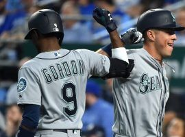 The Seattle Mariners show no signs of slowing down, as they are 13-2 and have homered in a record 15 straight games to start the season. (Image: Ed Zurga/Getty)