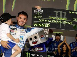 Kyle Larson won a qualifying race, then proceeded to take first place in the NASCAR All-Star Race to win $1 million. (Image: Streeter Lecka/Getty)