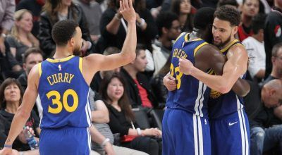 Golden State Warriors Sweep Portland Trailblazers, Triple-Doubles by Curry and Green
