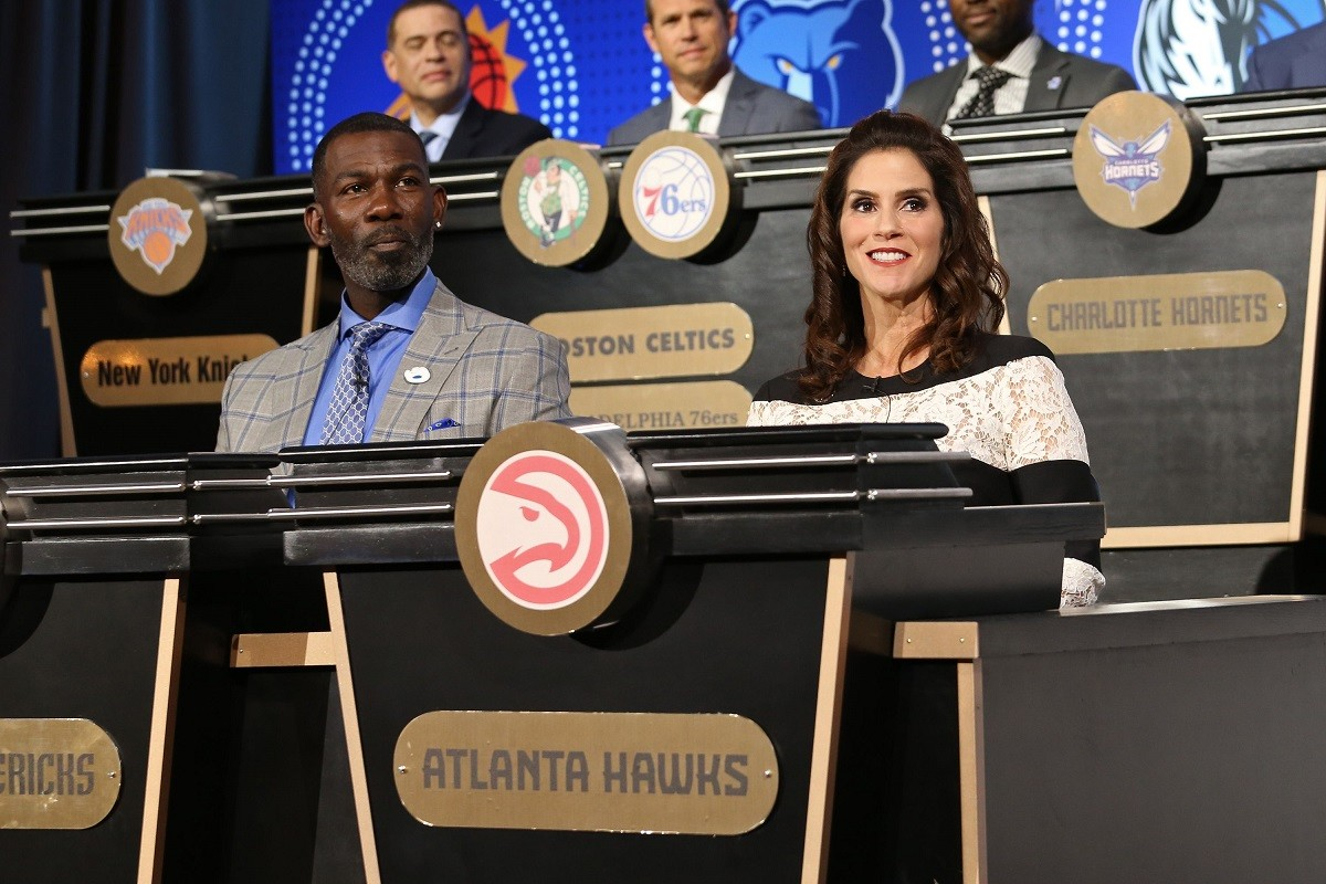 Jami Gertz Atlanta Hawks