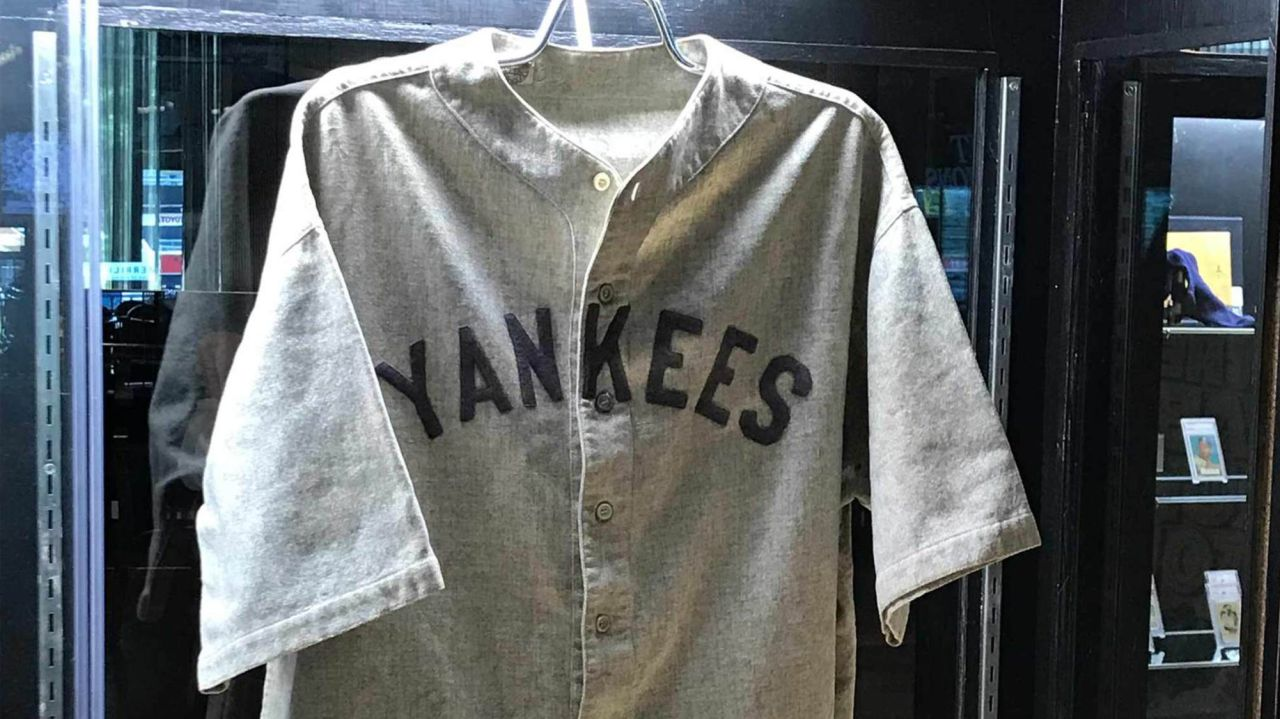 Babe Ruth jersey, c. 1920s