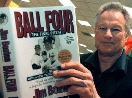 """Former New York Yankees pitcher Jim Bouton signs copies of his new book, November 27, 2000 at a Waldenbooks in Schaumburg, Illinois. """"Ball Four: The Final Pitch"""" is a new and final edition of his controversial 1970 book titled """"Ball Four"""" (image: Bleacher Report)"""