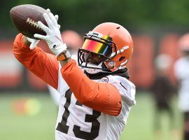 Cleveland Browns new WR Odell Beckham, Jr. catches a ball from Baker Mayfield in training camp. (Image: Ken Blaze/USA Today Sports)