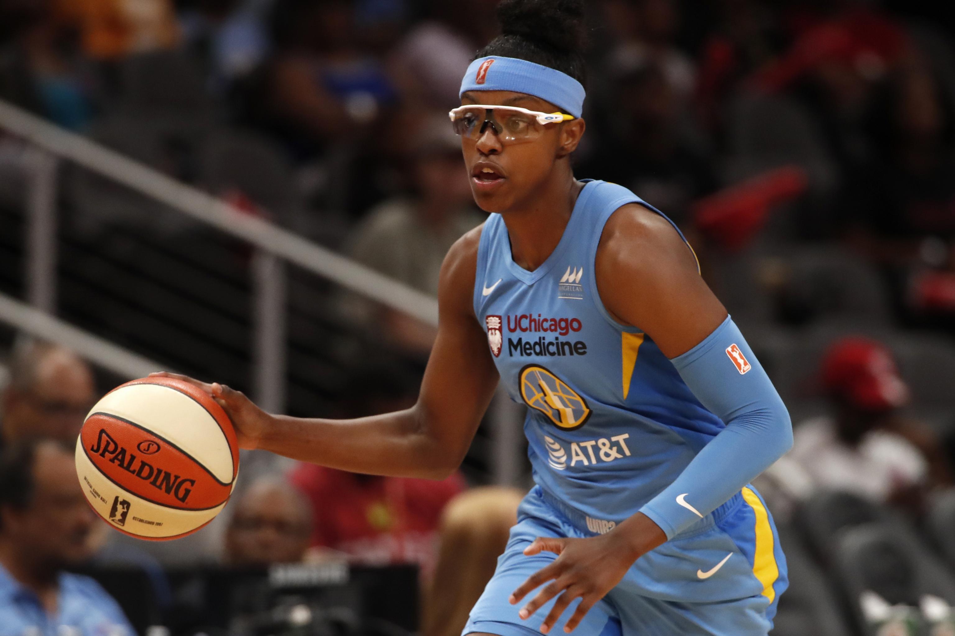 WNBA playoffs Sky Storm