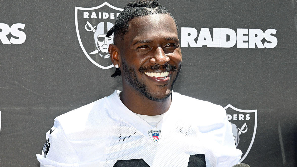 Antonio Brown, going from Raiders to Patriots