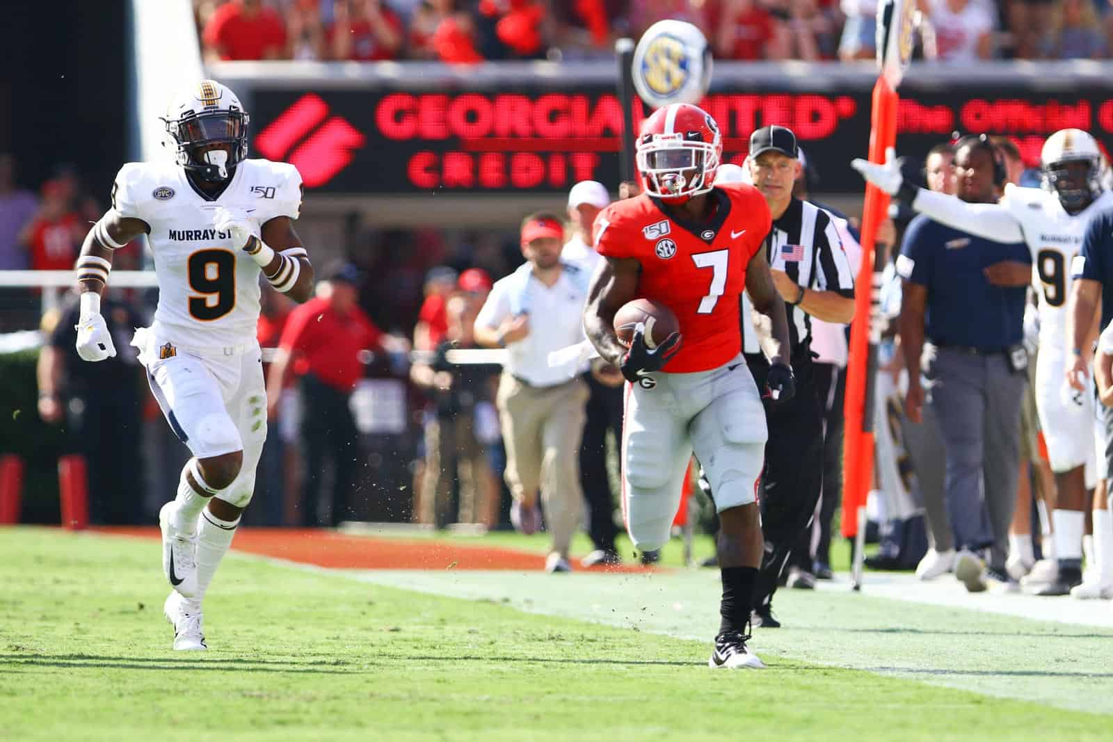 The Georgia Bulldogs are having trouble covering big points spreads.
