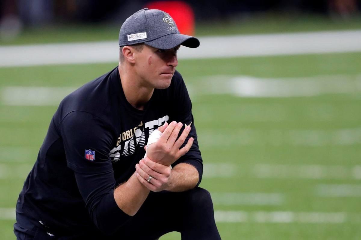 Drew Brees thumb injury update New Orleans Saints plays Arizona