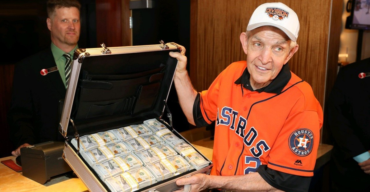 Mattress Mack Houston Astros bet