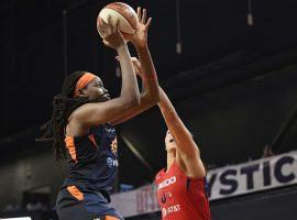 Jonquel Jones scored 32 points to lead the Connecticut Sun over the Washington Mystics in Game 2 of the WNBA Finals. (Image: Nick Wass/AP)