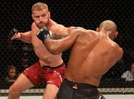 Jan Blachowicz (left) earned a tight split decision victory over Ronaldo Souza (right) in the main event of UFC Fight Night 164. (Image: Alexandre Schneider/Getty)