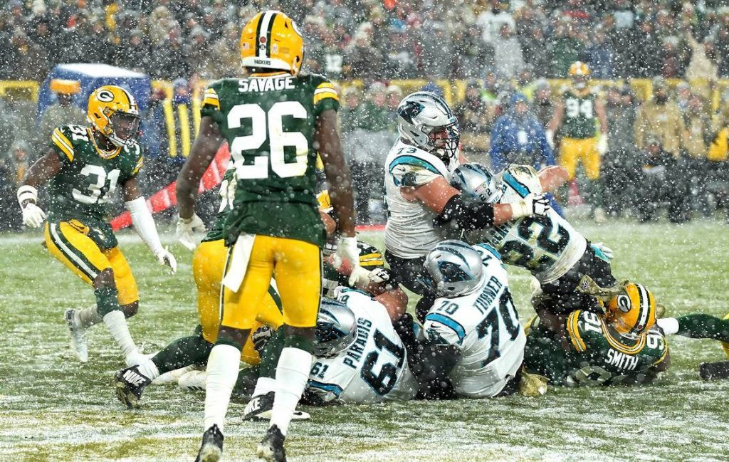 Green Bay Packers and Carolina Panthers NFL Week 10