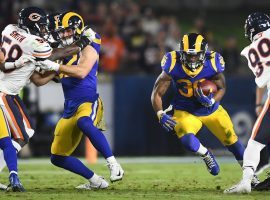 LA Rams running back Todd Gurley finds a hole against the Chicago Bears at the LA Coliseum. (Image: Wally Skalij/LA Times)