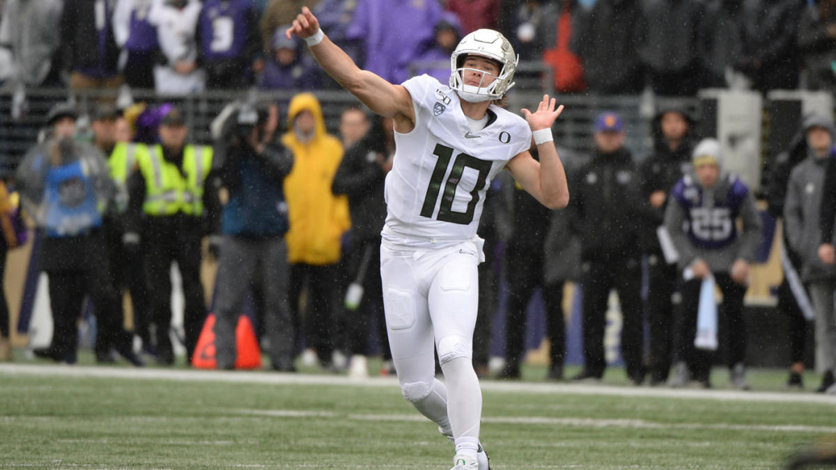 Oregon QB Justin Herbert delivered for college football betting