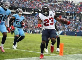 Houston Texans RB Carlos Hyde scores a touchdown in a victory over the Tennessee Titans in Nashville.  (Image: Christopher Hanewinckel/USA Today Sports)