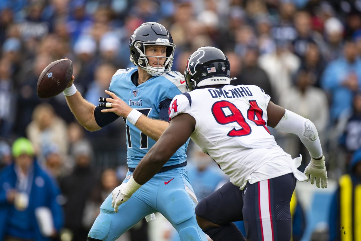 Tennessee quarterback Ryan Tannehill