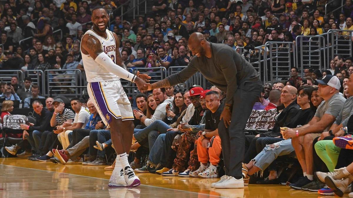 Kobe Bryant death LA Lakers Clippers NBA postpones