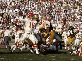 Kansas City Chiefs QB Len Dawson drops back to pass against the Green Bay Packers in Super Bowl I at Memorial Coliseum in Los Angeles, CA. (Image: Getty)
