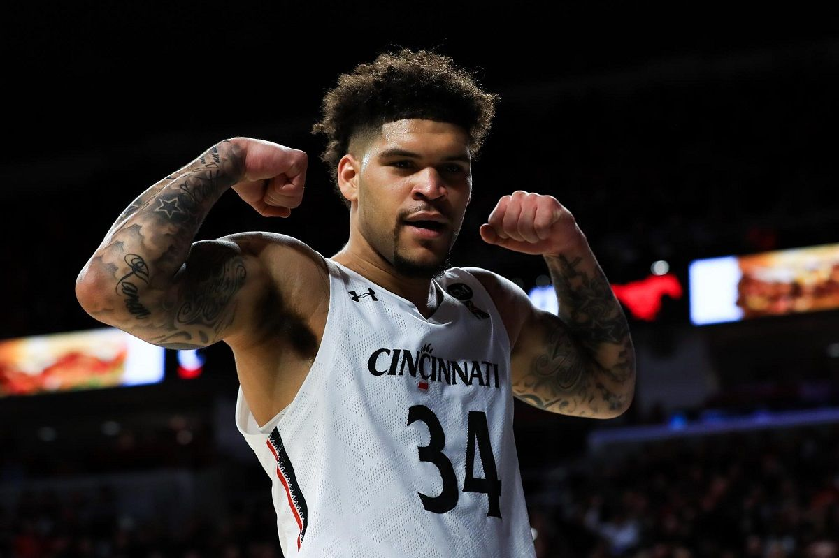 Jarron Cumberland Cincinnati Cincy Bearcats March Madness Bubble American
