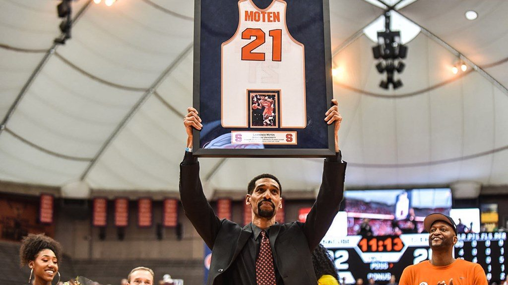 Lawrence Moten's Syracuse jersey retired