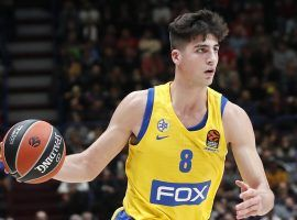 Deni Avdija, swingman from Maccabi Tel Aviv, playing in a EuroLeague game. (Image: Antonio Calanni/AP)