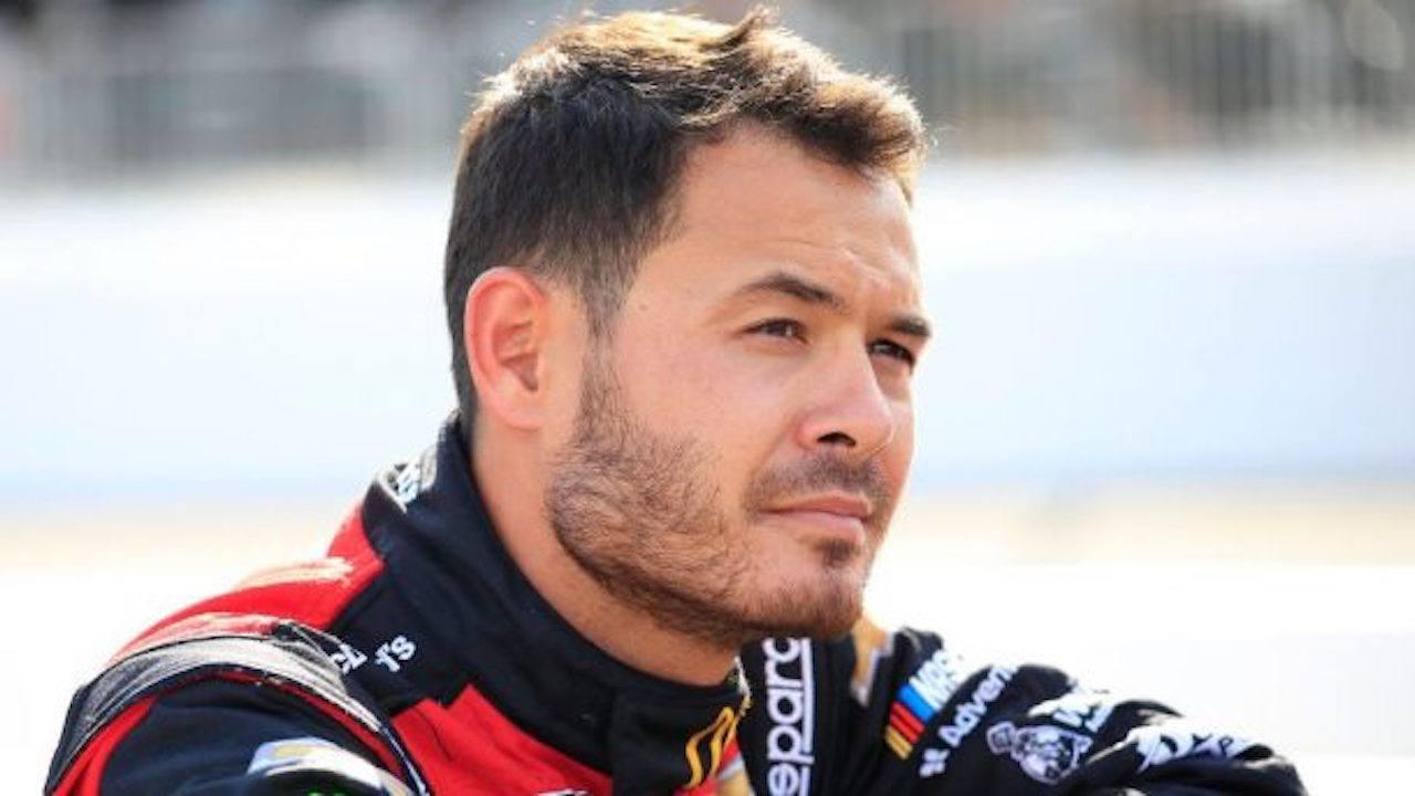 Kyle Larson FanShield 500