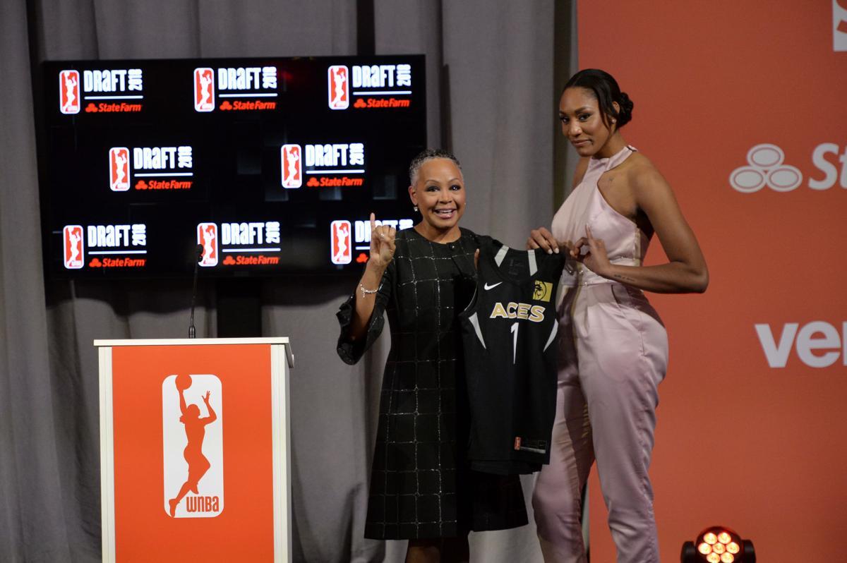 WNBA #1 Number 1 Overall Draft Pick Picks A'ja Wilson Sabrina Ionescu