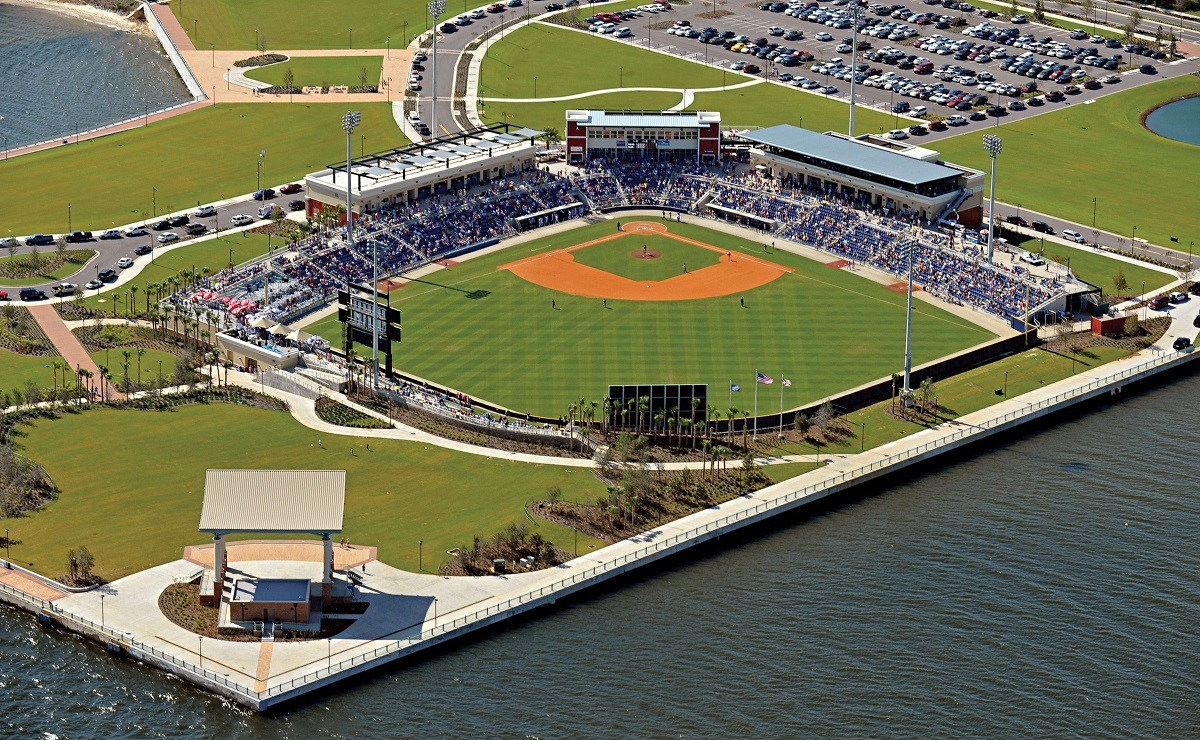 Blue Wahoos Stadium Airbnb Rent ballpark baseball Pensacola