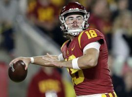 JT Daniels, former starting QB for the USC Trojans, in a 2018 game. (Image: Marcio Jose Sanchez/AP)