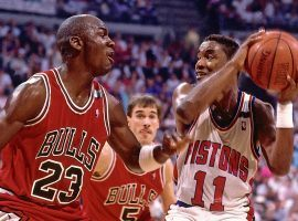 Chicago Bulls guard Michael Jordan defends Detroit Pistons guard Isaiah Thomas during the 1991 NBA Playoffs. (Image: Getty)