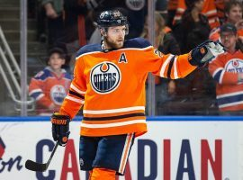 Edmonton Oilers center Leon Draisaitl leads the NHL in scoring this season. (Image: Perry Nelson/USA Today Sports)