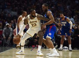 LA Clippers F Kawhi Leonard defends LeBron James of the LA Lakers at Staples Center in Los Angeles. (Image: Wendy Nguyen/Getty)
